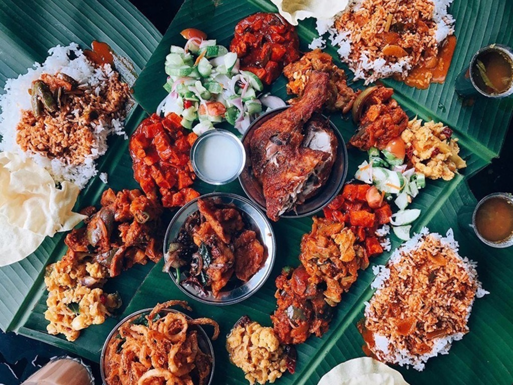 Must-try banana leaf rice in the Klang Valley