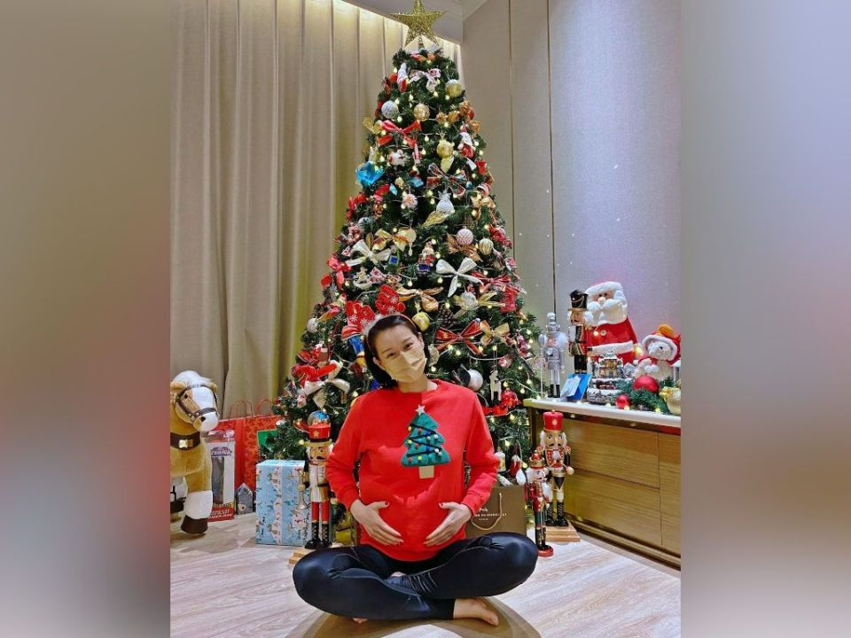 Myolie Wu announces third pregnancy