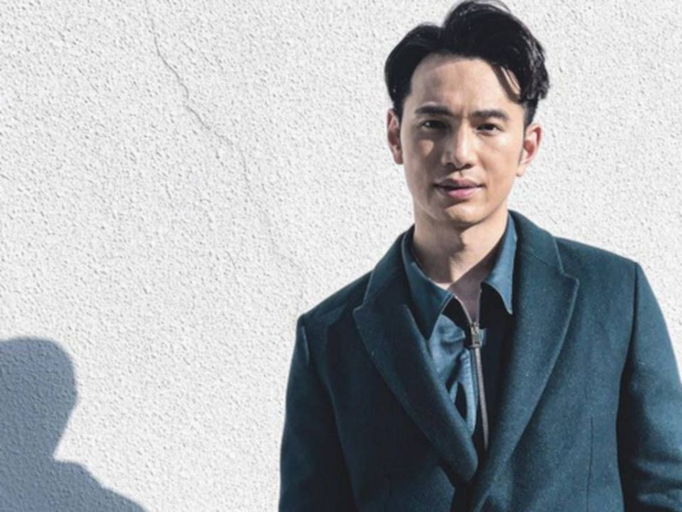 Jonathan Wong warns fans of scammers