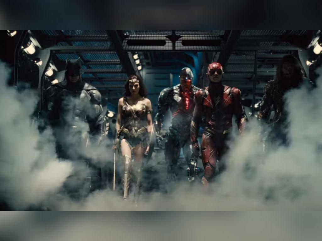 "Zack Snyder's ""Justice League"" unveils new trailer"