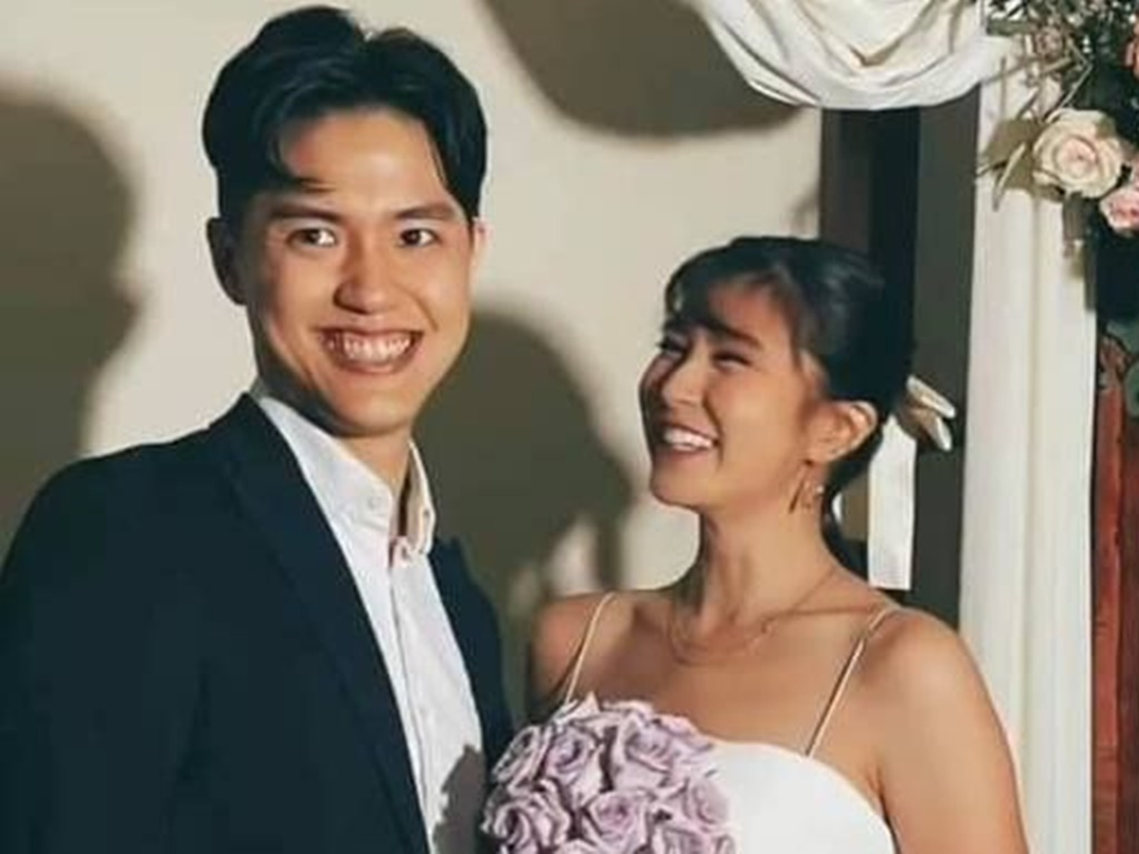 Elizabeth Tan says sorry for not telling fans about wedding