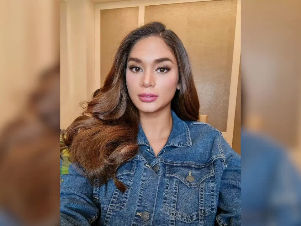 Pia Wurtzbach: I used to be a submissive girlfriend