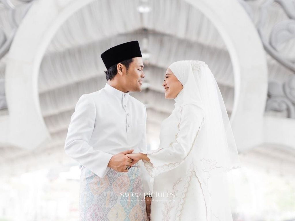 Ernie Zakri and Syamel are now officially married
