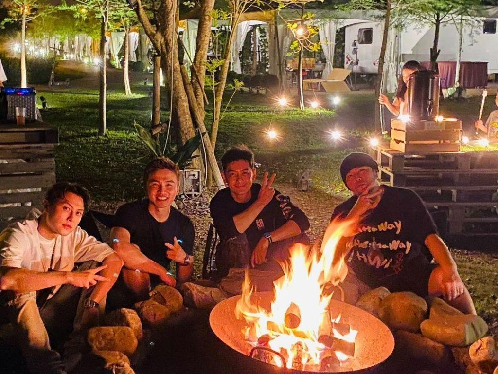 A new album? No, Jay Chou goes glamping again