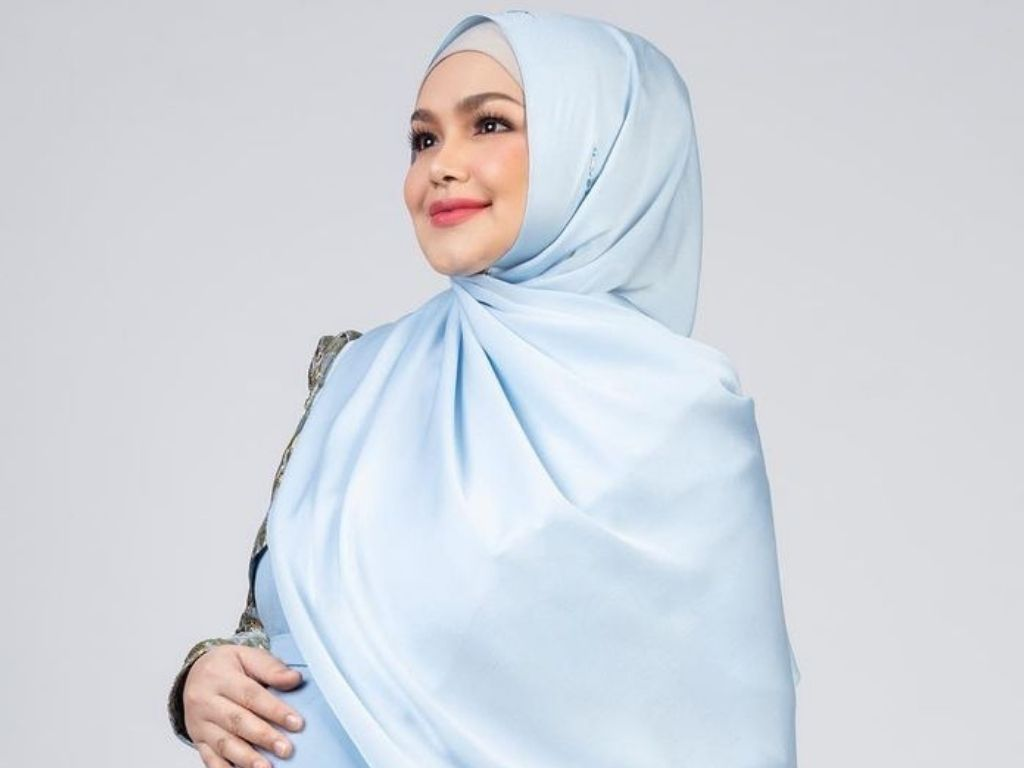 Siti Nurhaliza welcomes second child and first son