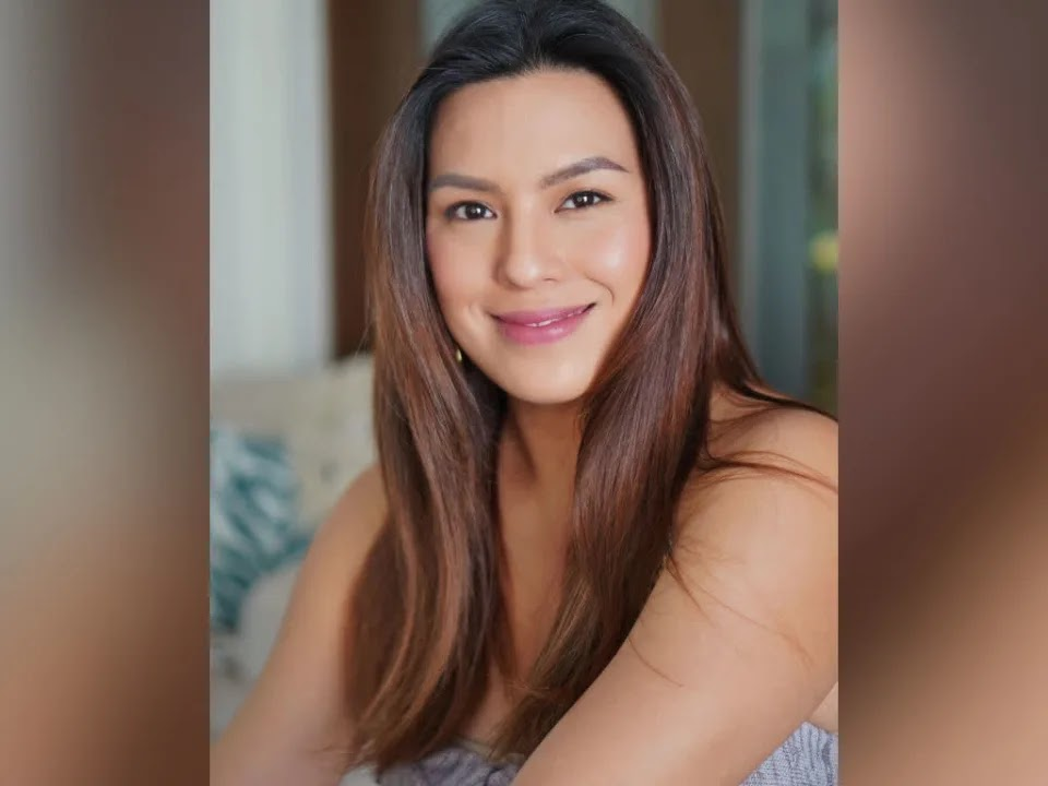 Nikki Gil announces second pregnancy