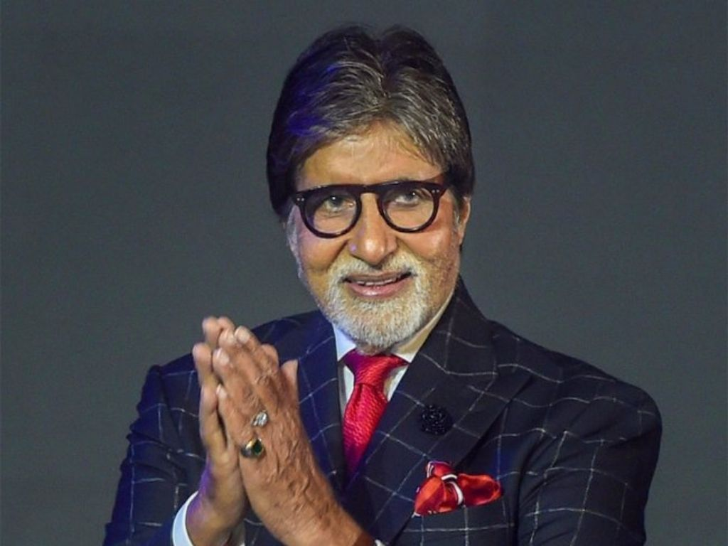 Amitabh Bachchan goes beyond means to fight COVID-19 in India