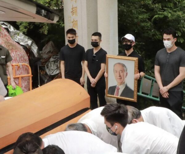 Stanley Ho finally laid to rest after a year