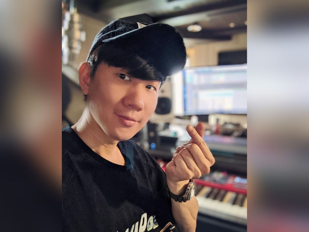 """JJ Lin honoured to remake """"Hand in Hand"""""""