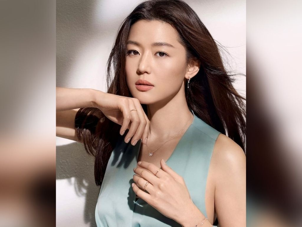 Jun Ji-hyun rumoured to be on the verge of divorce