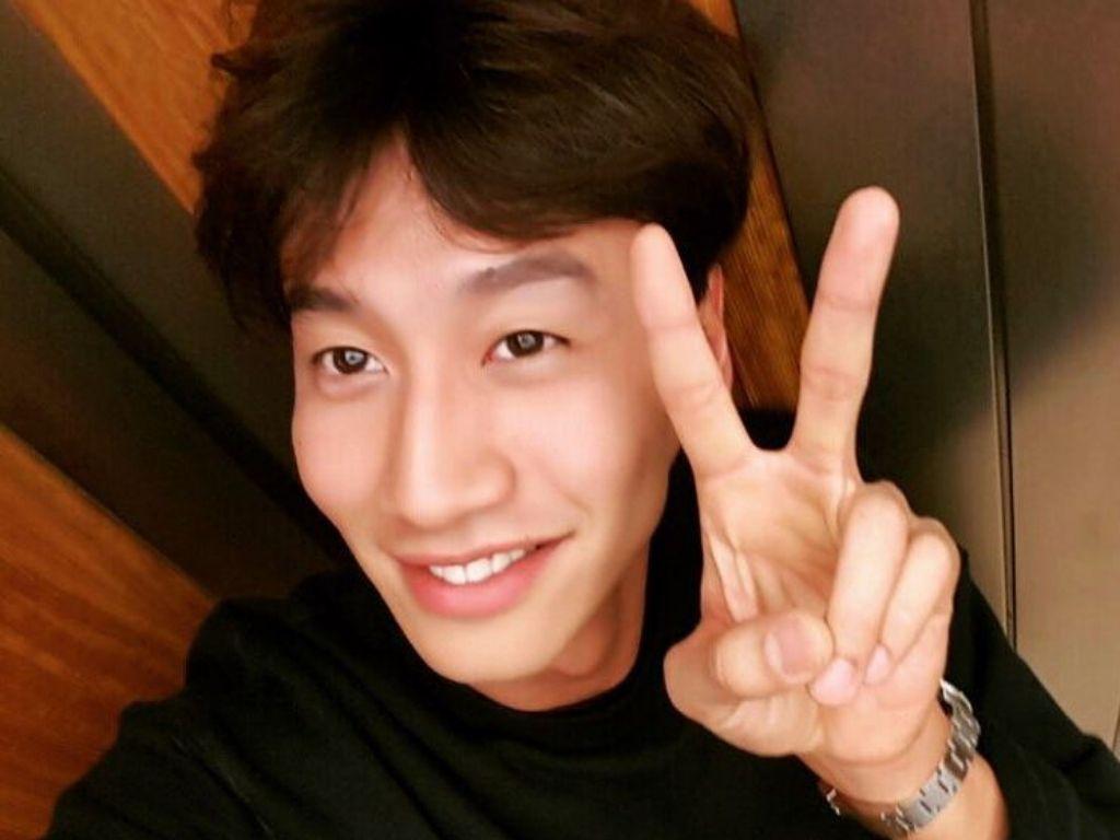 """Running Man"" producers sing praises as Lee Kwang-soo bids goodbye"