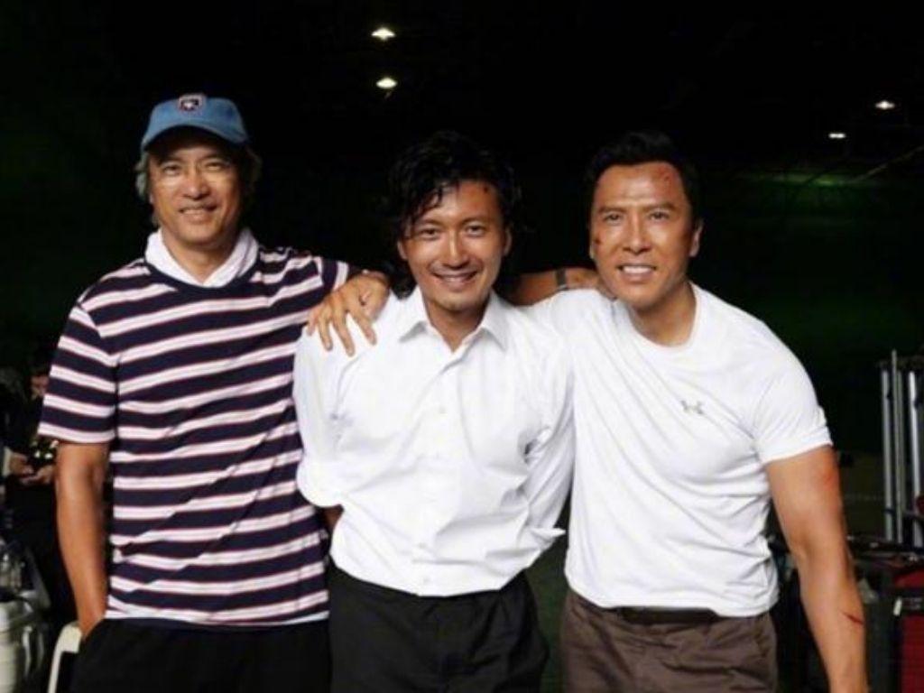 "Nicholas Tse misses Benny Chan at ""Raging Fire"" premiere"