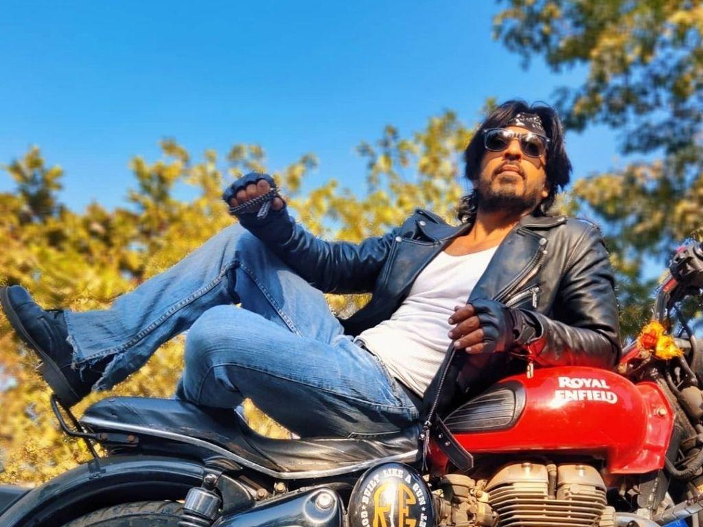 Shah Rukh Khan gets a doppelgänger on Instagram