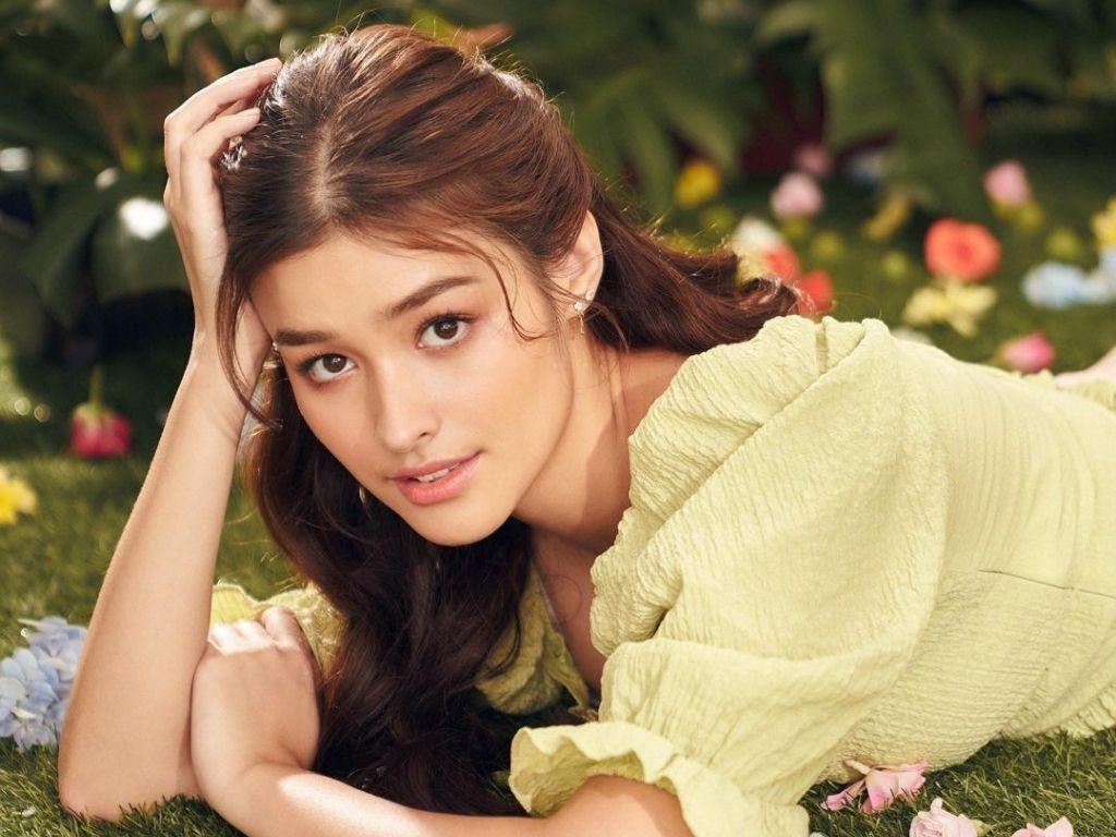 "Liza Soberano enjoys playing ""superhero"" in ""Trese"""