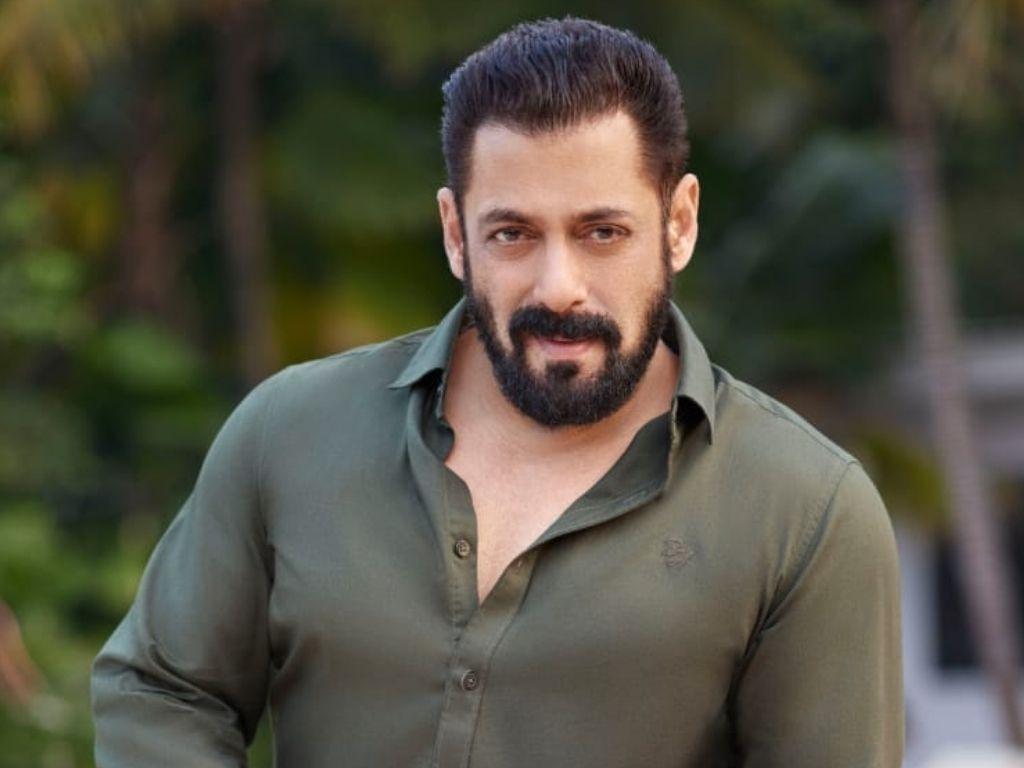 Salman Khan denies having a secret wife and child