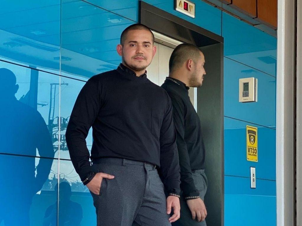 Paolo Contis removes LJ Reyes photos from social media