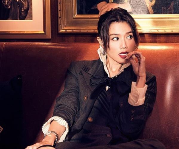 Chrissie Chau is under Louis Koo's management company