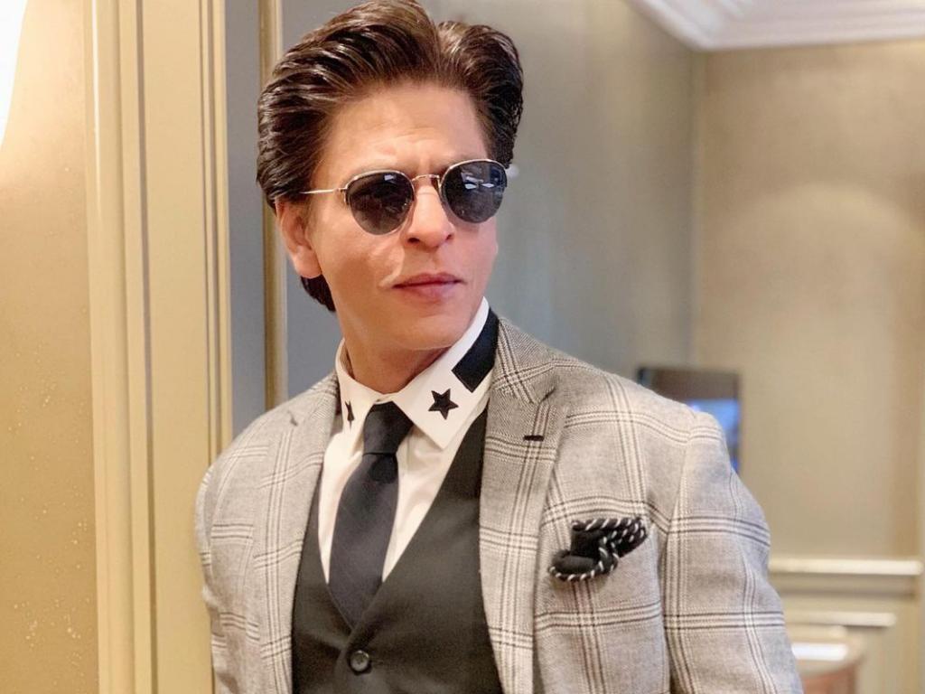 Netizens suddenly calling for a Shah Rukh Khan boycott