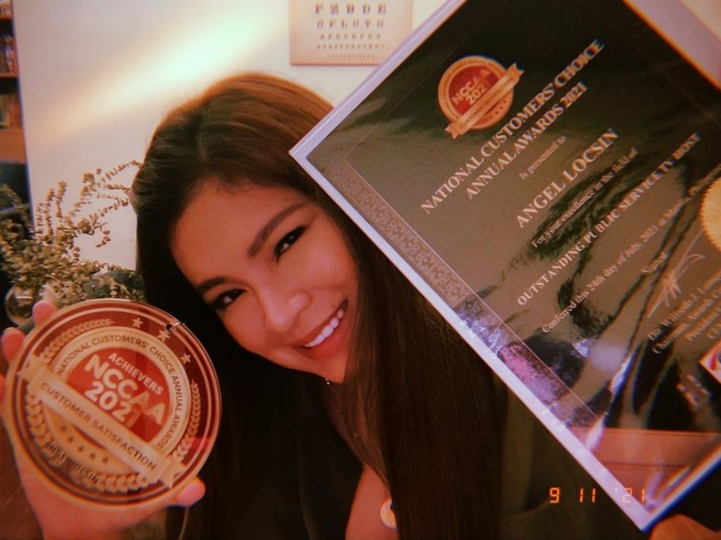Angel Locsin is awarded for her charity work again