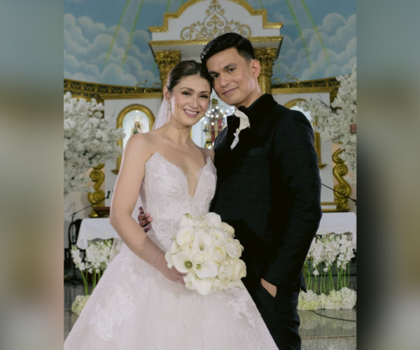 Carla Abellana and Tom Rodriguez tie the knot